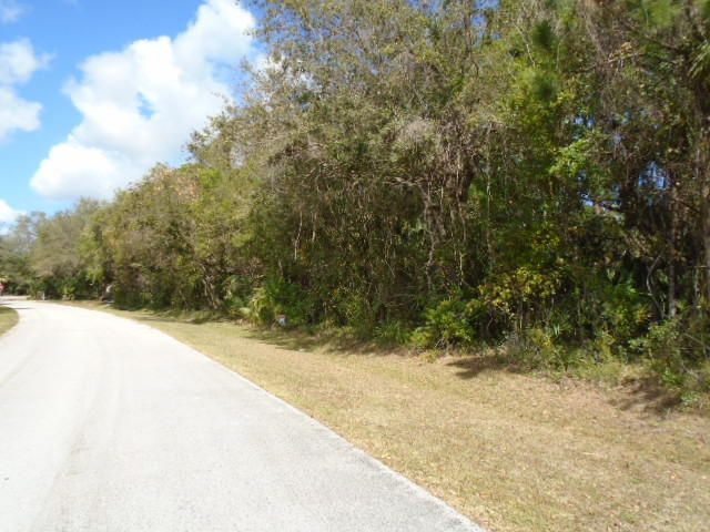 Additional photo for property listing at 7106 Banyan Street 7106 Banyan Street Fort Pierce, Florida 34951 Estados Unidos