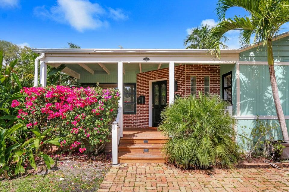 113 George Bush Boulevard, Delray Beach, FL 33444