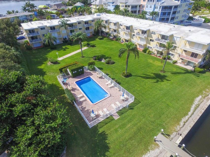 311 E Ocean Avenue 103, Lantana, FL 33462