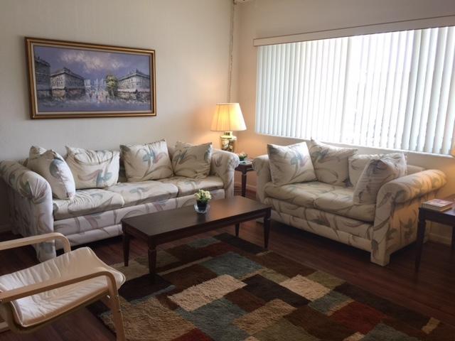 2840 Lake Osborne Drive 208, Lake Worth, FL 33461