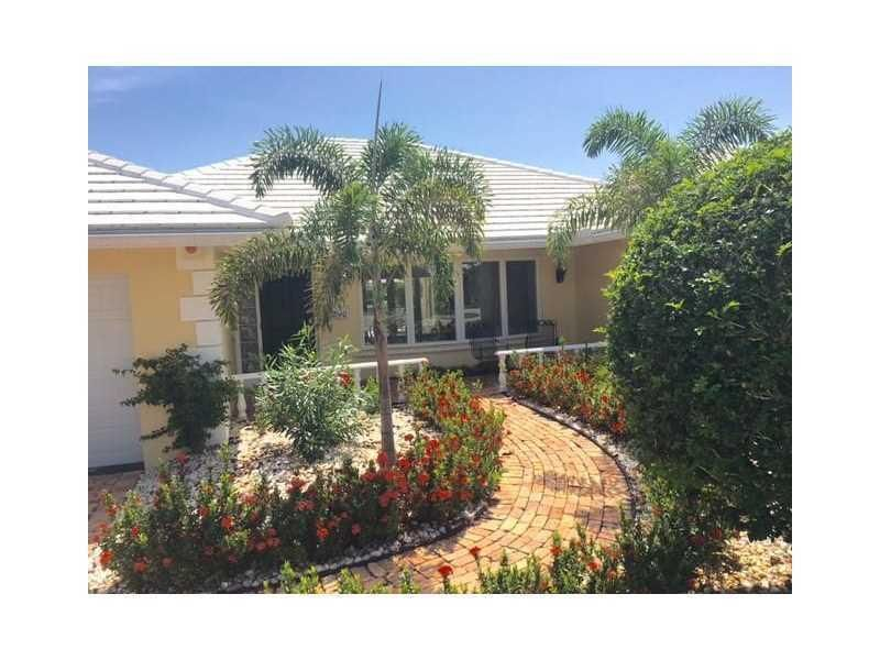 1290 Cypress Way, Boca Raton, FL 33486