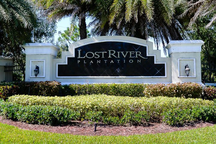 Single Family Home for Sale at 899 SW Lost River Shores Drive 899 SW Lost River Shores Drive Stuart, Florida 34997 United States