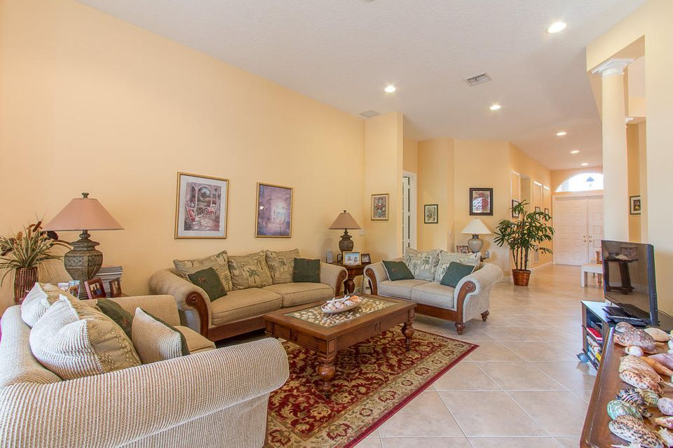 5813 Fountains Drive Lake Worth, FL 33467 photo 8