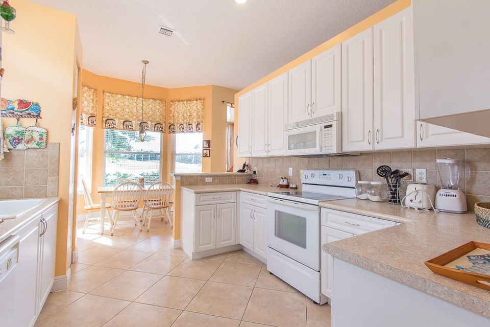 5813 Fountains Drive Lake Worth, FL 33467 small photo 17