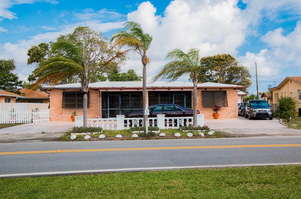 517 Greynolds Circle, Lantana, FL 33462