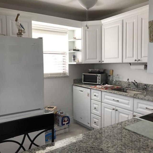 164 Somerset H, West Palm Beach, FL 33417