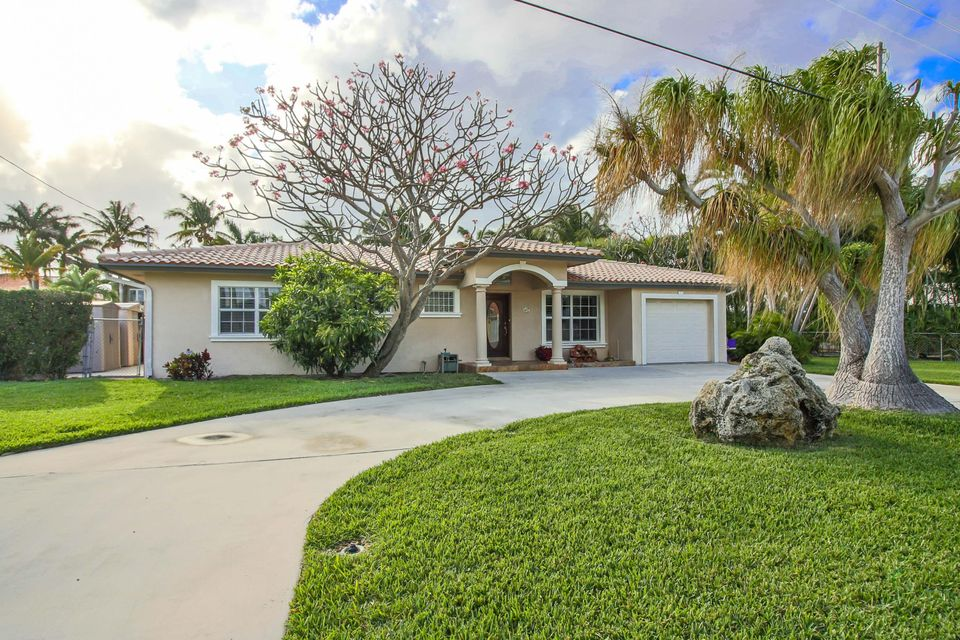 929 Brookdale Drive, Boynton Beach, FL 33435