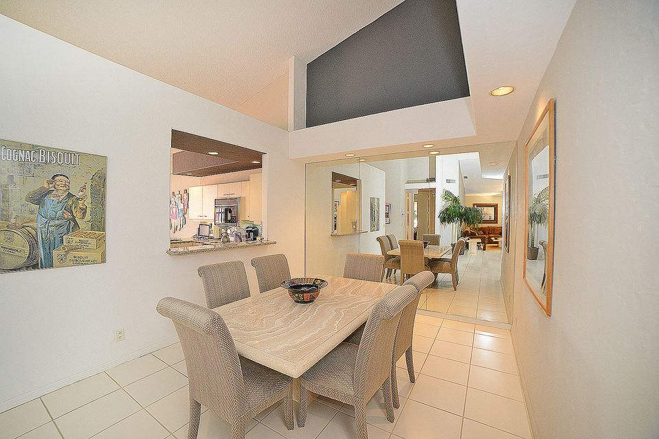 Additional photo for property listing at 5743 NW 24th Avenue 5743 NW 24th Avenue Boca Raton, Florida 33496 Estados Unidos