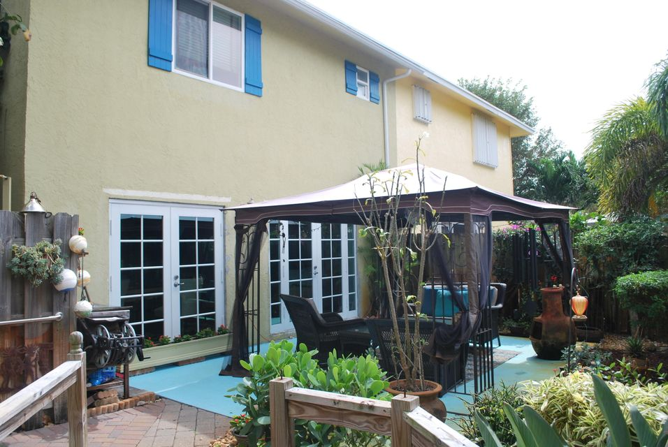 3128 Spanish Trail Delray Beach patio vi
