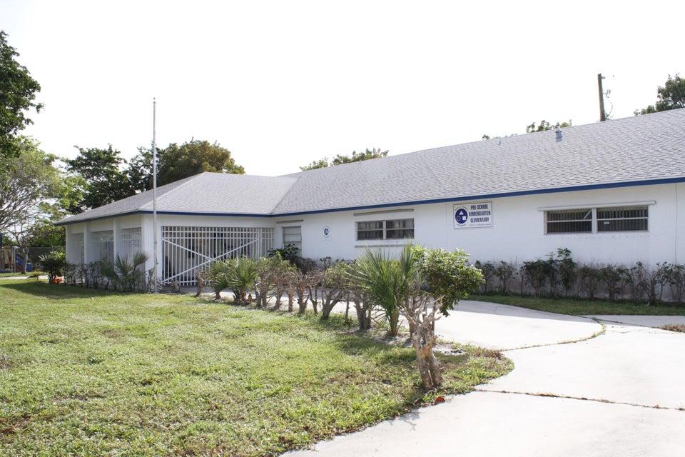 Special Purpose للـ Sale في 200 Sterling Avenue 200 Sterling Avenue Delray Beach, Florida 33444 United States