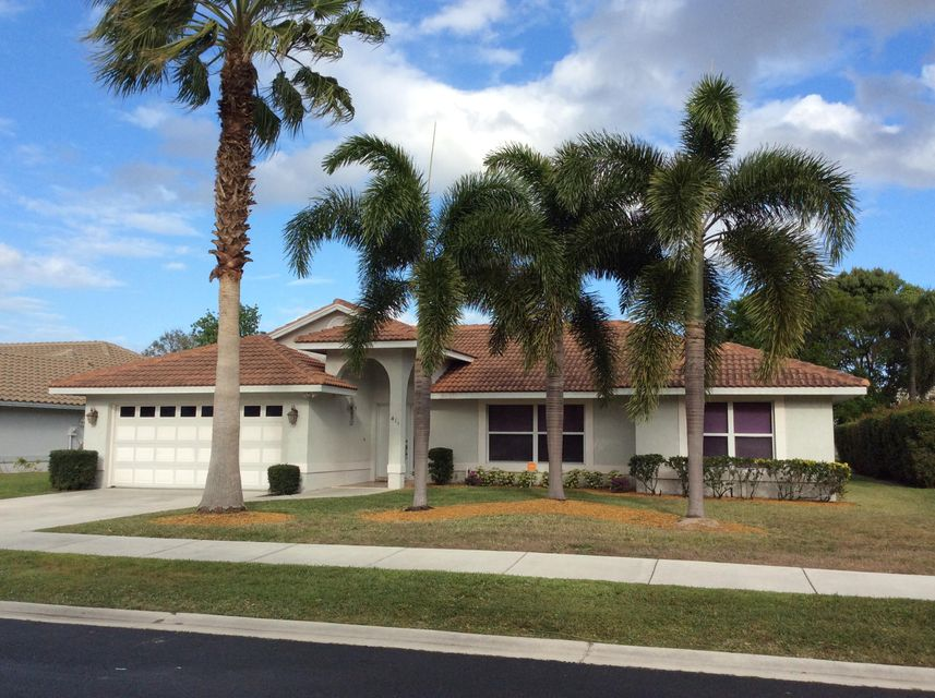 411 SW Mimosa Cove, Saint Lucie West, FL 34986