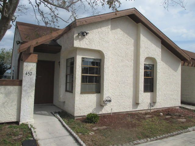457 SW Bill Traitel Avenue, Port Saint Lucie, FL 34953