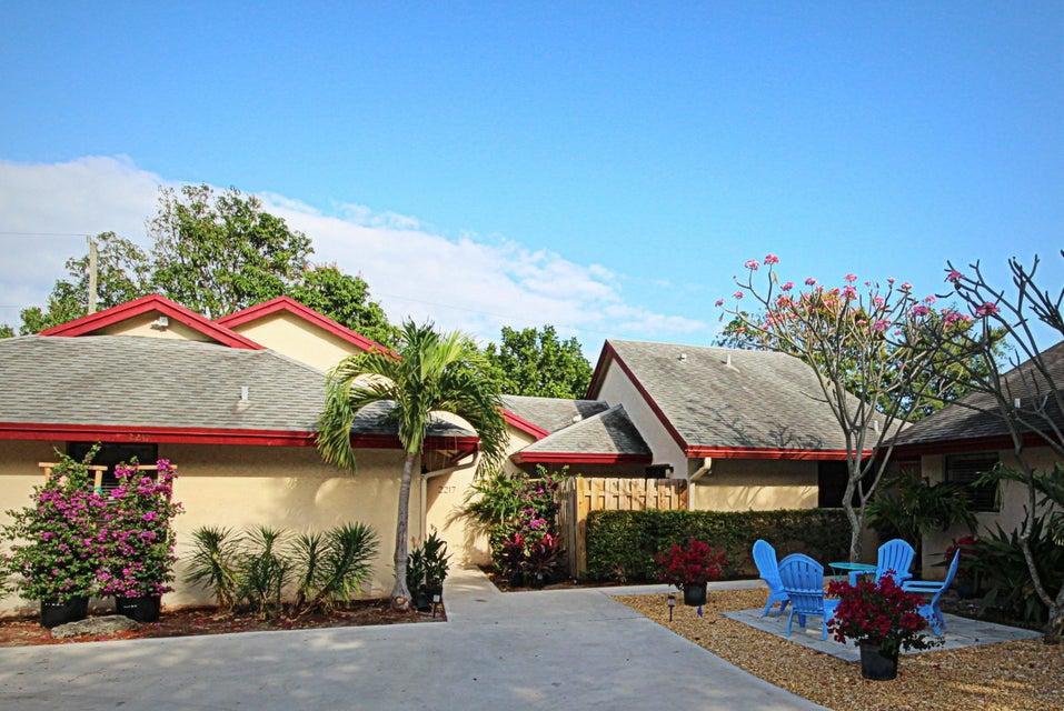 2217 Florida Boulevard, Delray Beach, FL 33483