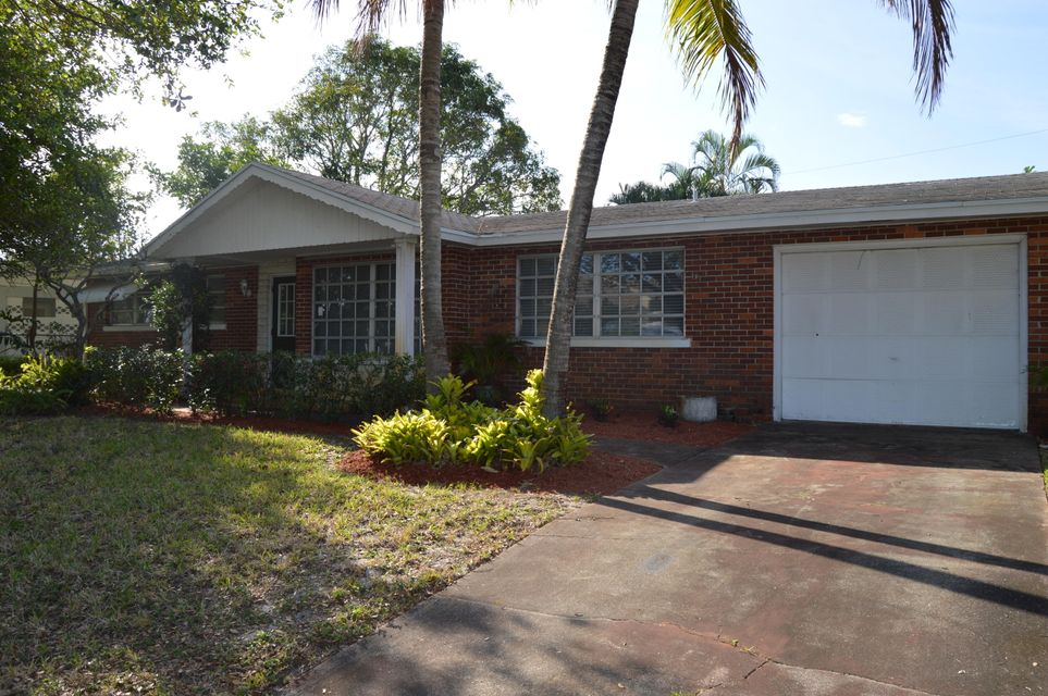 Single Family Home for Sale at 360 Tequesta Drive 360 Tequesta Drive Tequesta, Florida 33469 United States