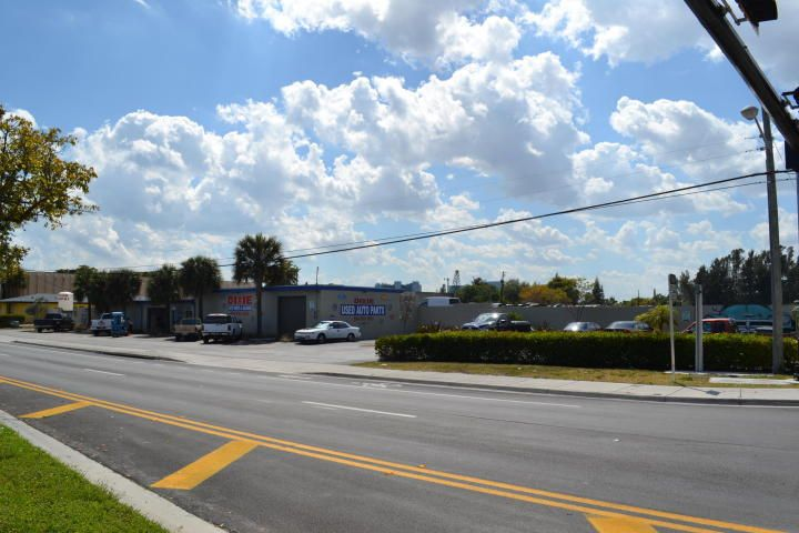 1621 S Dixie Highway, Pompano Beach, FL 33060