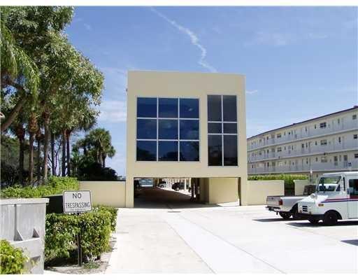 Oficinas por un Alquiler en 4512 N Flagler Drive 4512 N Flagler Drive West Palm Beach, Florida 33407 Estados Unidos