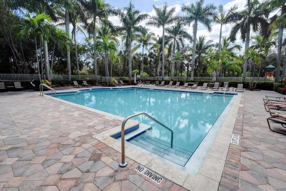 8423 Via Leonessa, Boca Raton, FL 33433