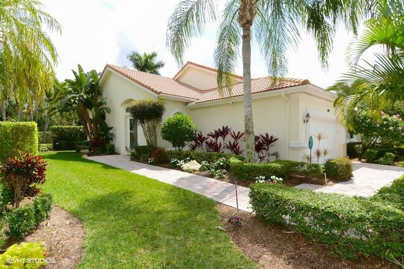 Villa pour l Vente à 8184 Sandpiper Way West Palm Beach, Florida 33412 États-Unis