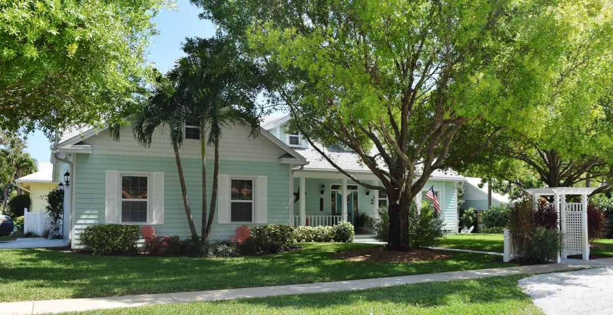 8930 SE Ceres Street, Hobe Sound, FL 33455