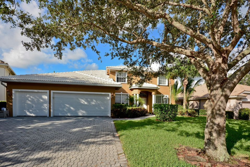 New Home for sale at 572 Cocoplum Drive in Jupiter