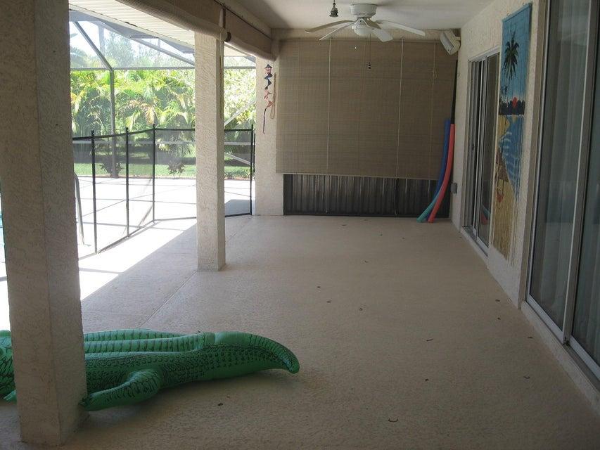 2732 Sw Ensenada Terrace