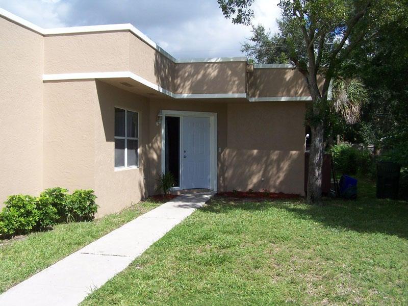 667 Ipswich Street, Boca Raton, FL 33487