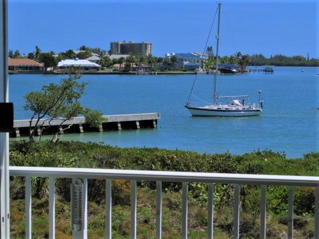 20 Harbour Isle Drive W 205, Hutchinson Island, FL 34949