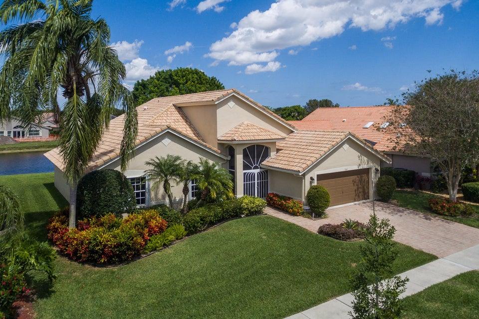 7349 Falls Road W, Boynton Beach, FL 33437