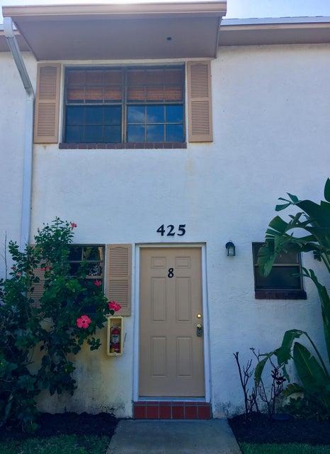 425 N Cypress Drive 8, Tequesta, FL 33469