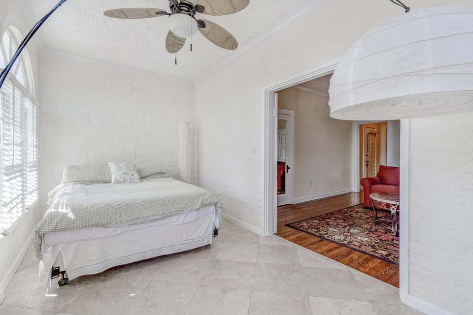 Additional photo for property listing at 253 Oleander Avenue 253 Oleander Avenue Palm Beach, Florida 33480 United States