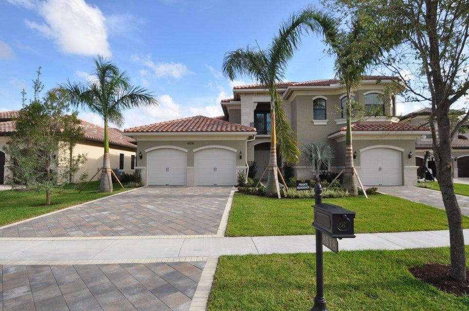 8518 Hawks Gully Avenue, Delray Beach, FL 33446