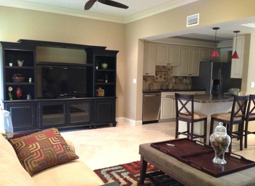 Townhouse for Rent at 131 Old Meadow Way 131 Old Meadow Way Palm Beach Gardens, Florida 33418 United States