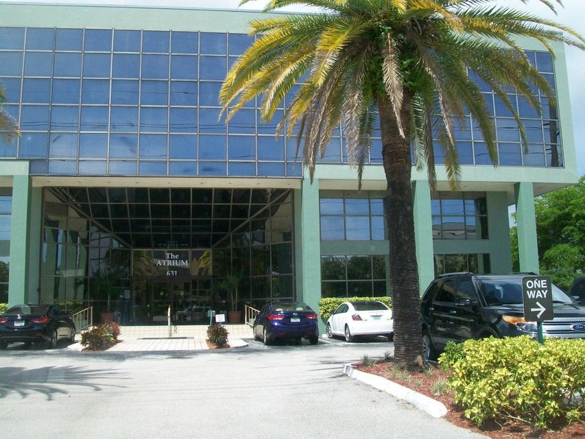 Commercial / Industrial for Sale at 631 Us Highway 1 631 Us Highway 1 North Palm Beach, Florida 33408 United States