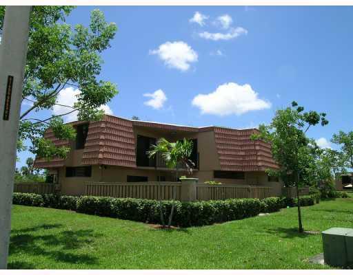 Residência urbana para Venda às 8261 Severn Drive 8261 Severn Drive Boca Raton, Florida 33433 Estados Unidos