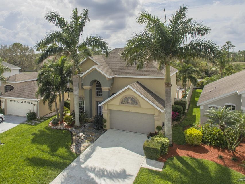 720 NW Waterlily Place, Jensen Beach, FL 34957