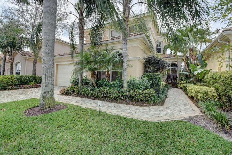 229 Andalusia Drive, Palm Beach Gardens, FL 33418