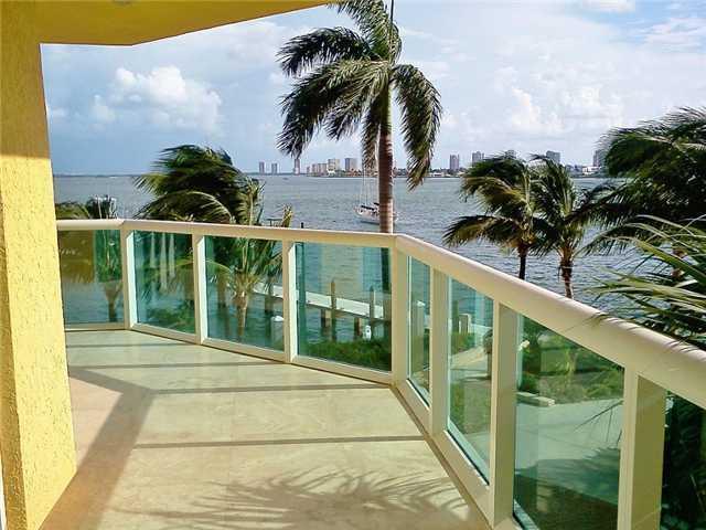 2650 Lake Shore Drive 206, Riviera Beach, FL 33404