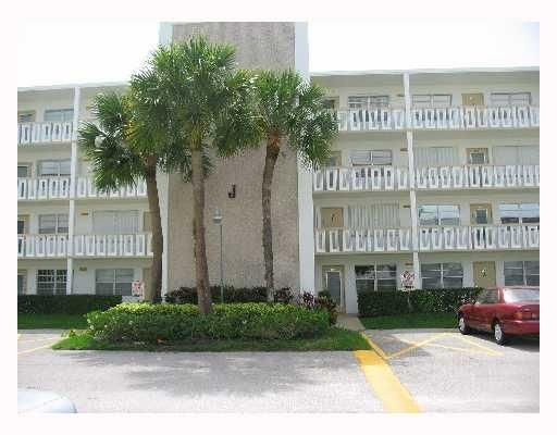 Co-op / Condo for Sale at 169 Wellington J 169 Wellington J West Palm Beach, Florida 33417 United States
