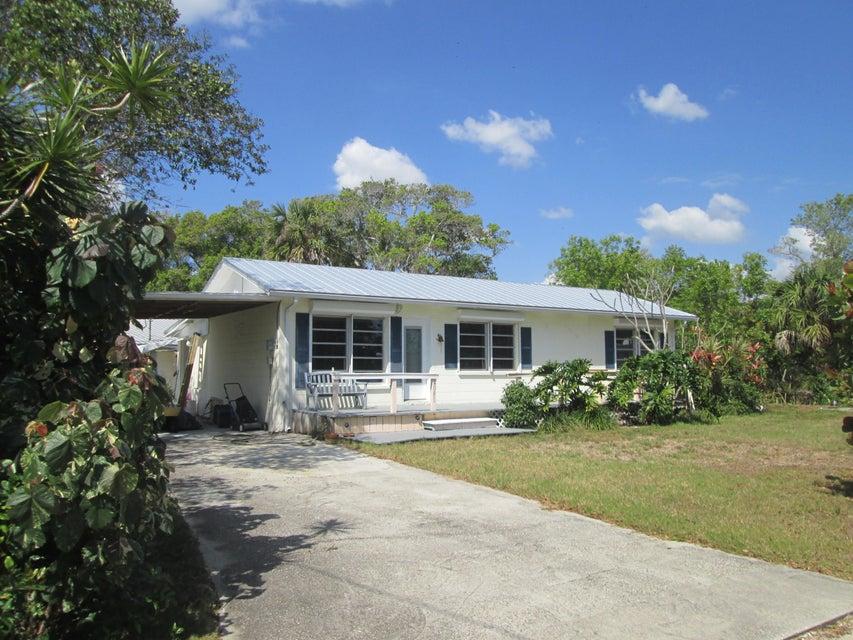 4080 Palm Avenue, Micco, FL 32976