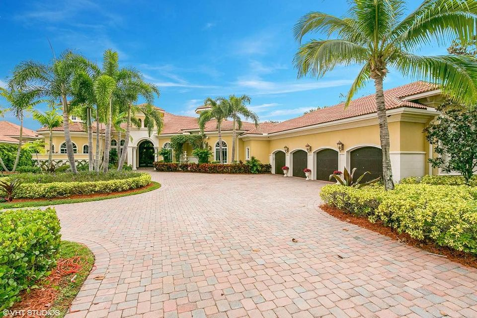 130 Playa Rienta Way, Palm Beach Gardens, FL 33418