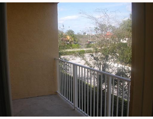 162 Village Boulevard 162 H, Tequesta, FL 33469
