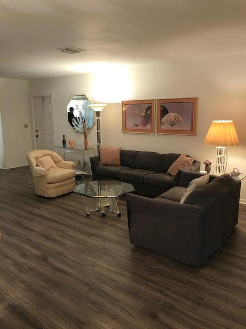 Livingroom 14000 1