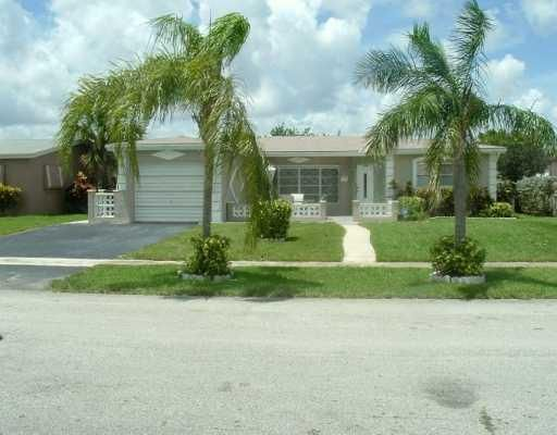 4601 NW 42nd St, Lauderdale Lakes, FL 33319
