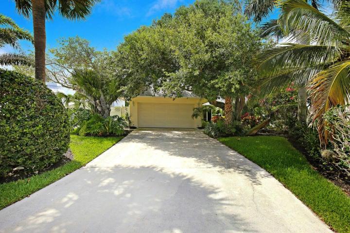491 N Lyra Circle, North Palm Beach, FL 33408