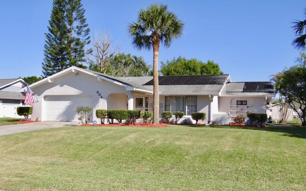 904 Heron Avenue, Fort Pierce, FL 34982