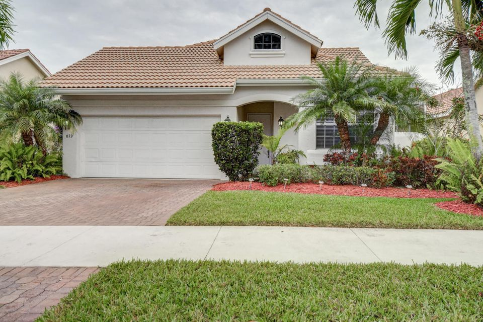 819 SW Munjack Circle, Port Saint Lucie, FL 34986