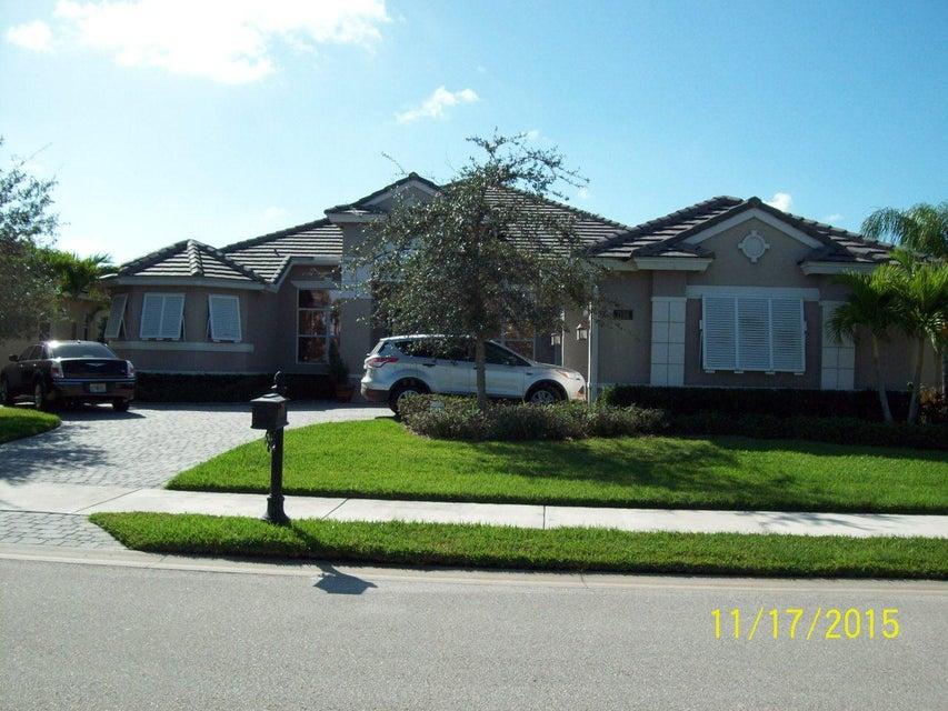 7198 SW Quiet River Court, Stuart, FL 34997