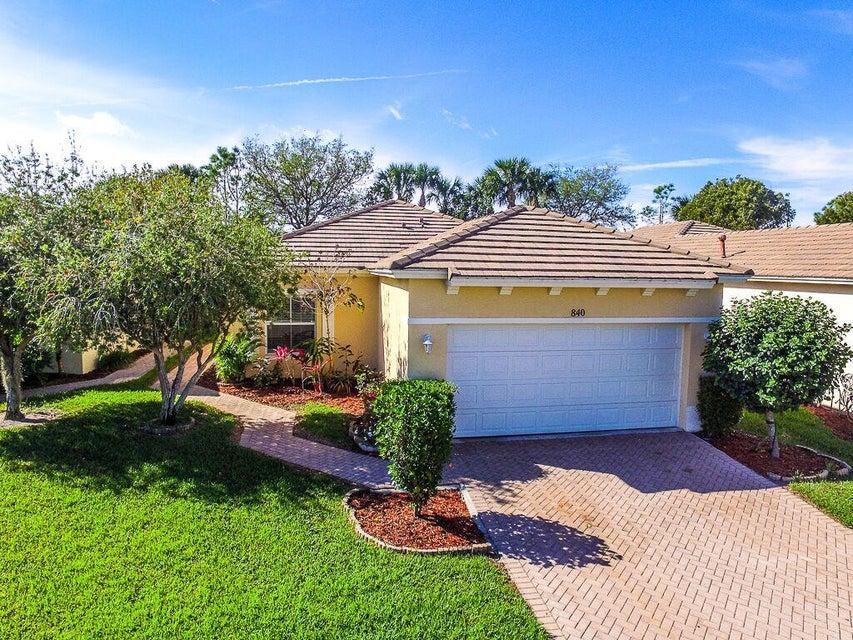 840 SW Rocky Bayou Terrace, Port Saint Lucie, FL 34986