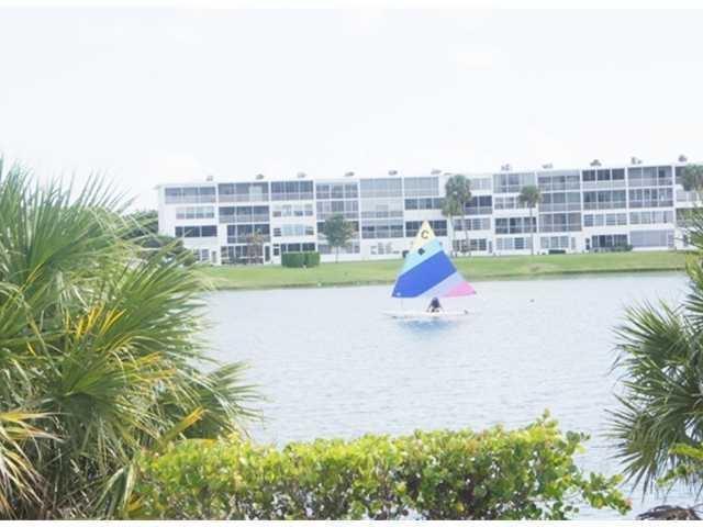 206 Easthampton I, West Palm Beach, FL 33417