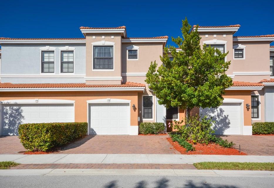132 Gramercy Square Drive, Delray Beach, FL 33484